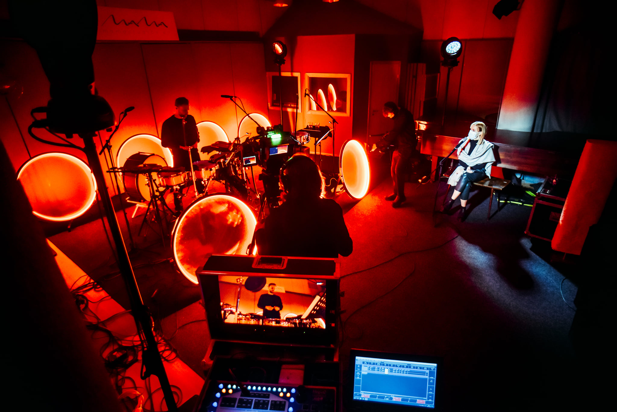 KONTAKTAS Vilnius New and Experimental Music Series   SNAREz